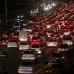 ترافیک اتوبان تهران – کرج در آستانه عید فطر + تصاویر
